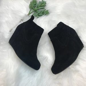 Dolce Vita Ankle Bootie Wedge. Sz 6